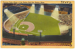 Vintage Fenway! By BPL [CC BY 2.0 (http://creativecommons.org/licenses/by/2.0)], via Wikimedia Commons