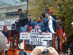 Manny, who provided an all-star homer, gets the all-star treatment at the World Series victory parade. By Schmiddy at en.wikipedia (Uploaded to the English Wikipedia by the author.) [GFDL (www.gnu.org/copyleft/fdl.html) or CC-BY-SA-3.0 (http://creativecommons.org/licenses/by-sa/3.0/)], via Wikimedia Commons