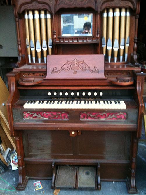 Estey Pump Organ